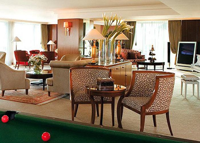 jlcs luxury interios inc